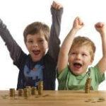 Czego nauczyć dzieci o pieniądzach?