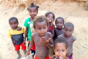 Połowa populacji Madagaskaru todzieci