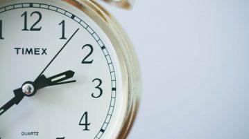 Zegar - 20 minut, które odmieni twoje finanse, nawyki finansowe