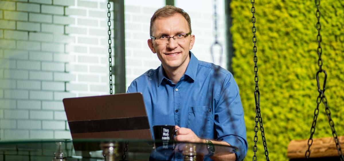 Marcin Iwuć współpraca
